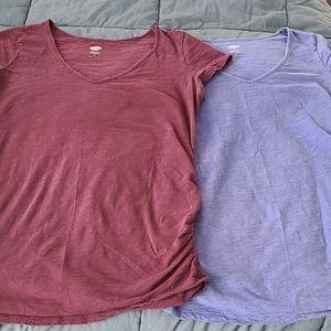 2 old navy maternity t-shirts medium